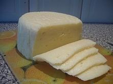 Domowy ser żółty.