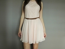 SPRZEDAM nowa sukienka z paskiem!