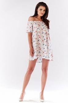 Awama A175 sukienka ecru Komfortowa sukienka, zapewnia wygodę użytkowania, wykonana ze zwiewnej wzorzystej dzianiny
