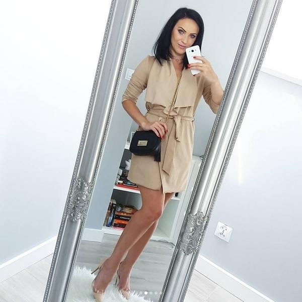 Piękna narzutka Vanessa   Zapraszamy na ivon-sklep.pl @ivonsklep @mamawswieciemody