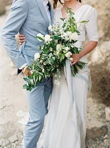 Portal Weselnapolska Garnitury ślubne, inspiracje i pomysły.