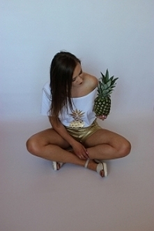 Bluzeczka z ananasem