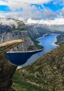 Trolltunga, Norwegia :)