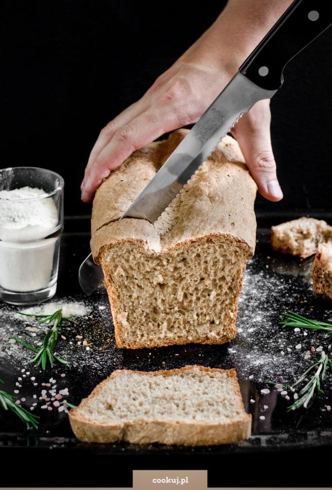 Najprostszy chleb pszenny razowy