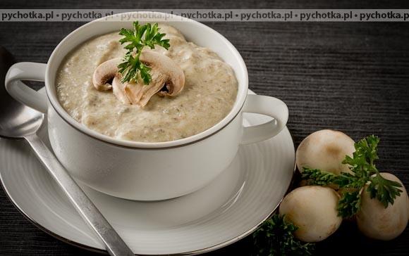 Zupa krem z pieczarek z grzankami