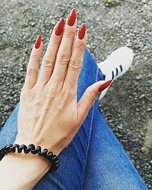 Nails *,*