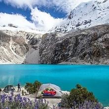 Laguna 69 w Peru.