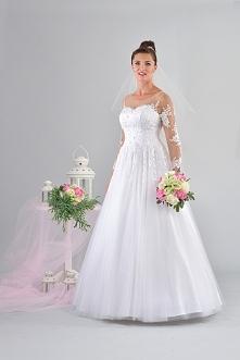 Suknia ślubna typu księżniczka z rękawem. virginia-suknie-slubne.pl