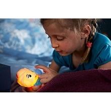 ELSA 71768/03/16 Philips  Opracowana przez firmy Philips i Disney latarka SoftPal Elsa to świecący towarzysz zabaw Twojego dziecka, łagodnie oświetlający miejsca zabaw. Jest kol...
