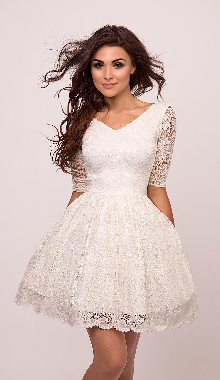 EMMA - Rozkloszowana koronkowa sukienka ecru  Kliknij w zdjęcie by przejść do przedmiotu.