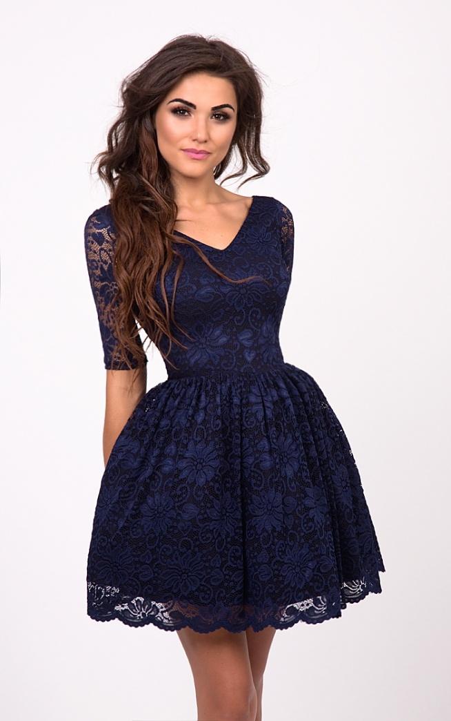 ac232caabe3899 EMMA - Rozkloszowana koronkowa sukienka Granatowa. Kliknij w z.. na ...