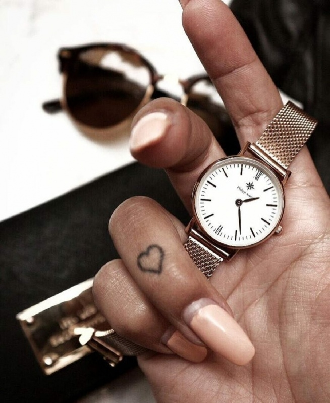 Zegarek Tatuaż Paznokcie Piękna Opalenizna Na Tatuaże