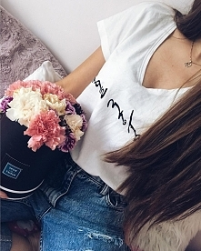Tshirt modern move - piszcie na instagramie do szufladki w celu zamówienia :)
