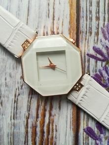 Zegarek nowy damski cena 12zl +kw. Zegarek bez uszkodzeń w pełni sprawny! Wsz...