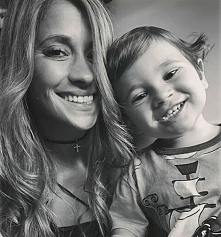 Mateo with Mummy <3