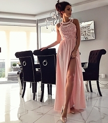 Cudowna długa suknia z kole...