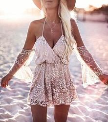 śliczna sukienka ;)