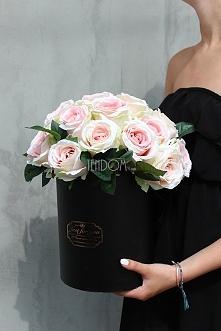 box z różami - pracownia z kwiatami - tendom.pl