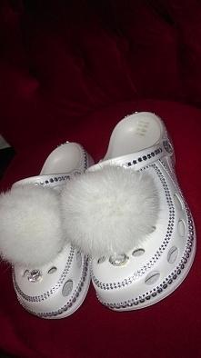 Prezent dla panny młodej (trafiony w 10!) :) wygodne obuwie w trakcie przygot...