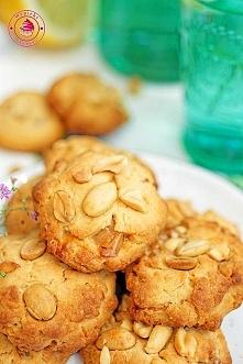 Ciasteczka kajmakowe z orzechami - Wypieki Beaty
