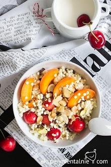 Kasza jaglana na słodko na śniadanie / Gluten free millet porridge with fruits and nuts