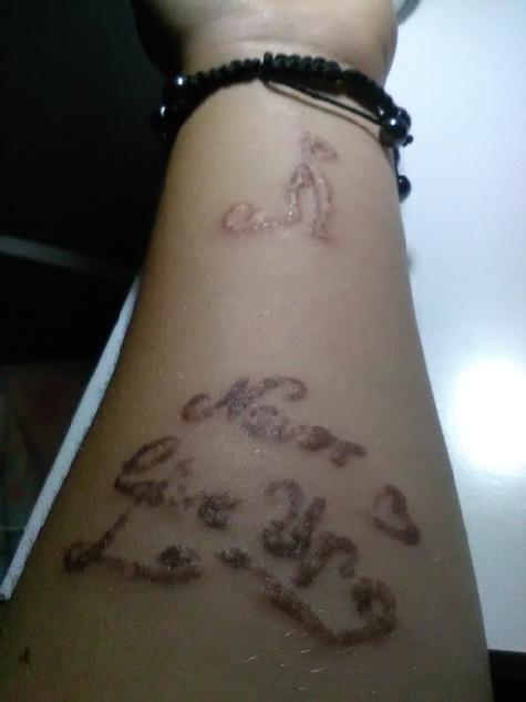 Mam Tatuaże Z Henny Niestety Dostałam Uczulenie Z Tatuażu