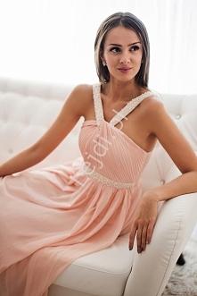 Piękna jasnoróżowa długa sukienka. Suknia z szyfonu drapowanego na biuście, z...