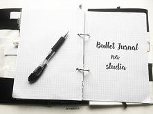 Mój bullet journal na studia. Strony m.in. na kontakt do wykładowców i termin...