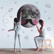 Wąsaty Księżyc w kosmosie, naklejka na ścianę