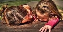 Chciałabym wrócić do chwil kiedy usta moich córek się nie zamykały,teraz wszy...