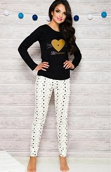 Taro Gala 2113 AW/17 K1 piżama czarno-ecru Piękna dwuczęściowa piżama, bluzka z długim rękawem, z przodu ozdobny nadruk w kształcie serduszka