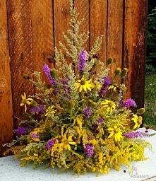 Dekoracja z kwiatow ląkowych