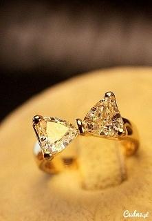 pierścionek kokardka ;-)