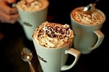 Kawa z bitą śmietaną mmm <3