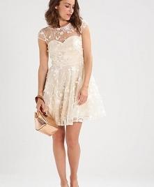 Młodzieżowa sukienka Chi Ch...