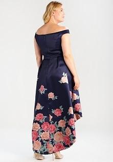 Sukienka w kwiaty dla puszy...