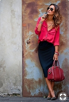 ❤ Lady in red...