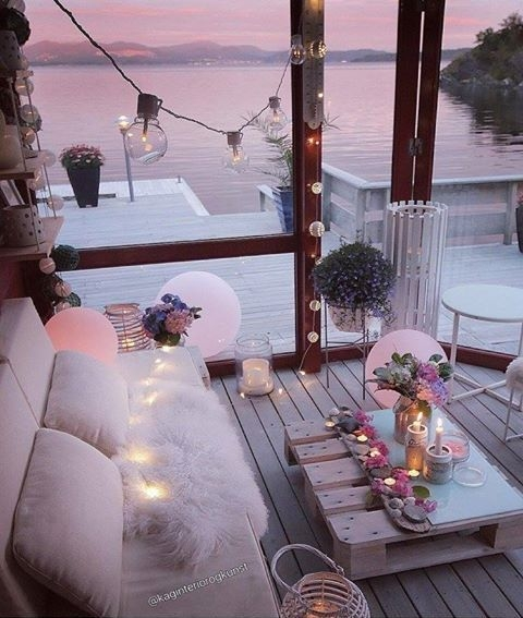 Romantycznie.