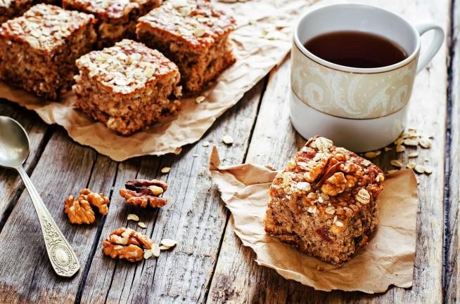 Pomysł na zdrowy deser! Trzy przepisy na zdrowe ciasto