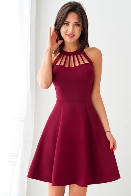 A co sądzicie o takiej sukience, ja uważam że jest delikatna,a góra trochę ją podkreśla :)