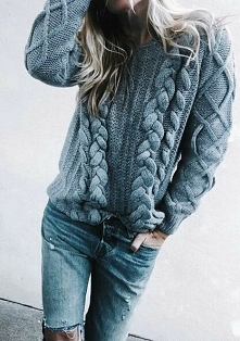 Cudowny sweterek ♡