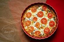 Tarta ze szpinakiem, pomido...