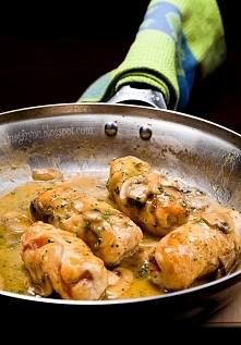 Pyszne roladki z kurczaka z szynka i serem. Przepis po kliknięciu w zdjęcie.