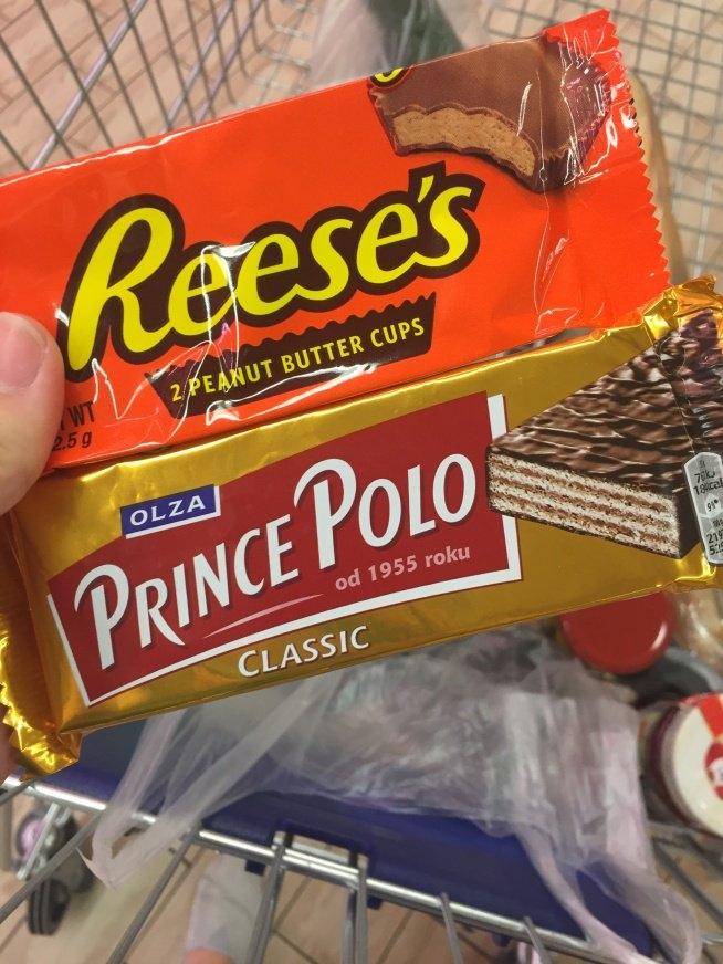 Jeśli mam wybrać to zdecydowanie wolę Prince Polo :)