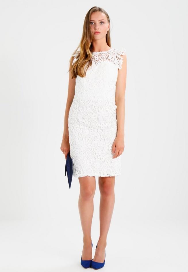 Przepiękna biała sukienka Chi Chi London AILISH idealna na ślub cywilny.