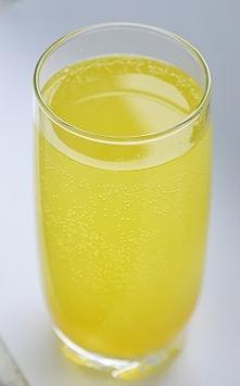 Napój wspomagający odchudzanie i detoksykację.   Wzmacnia odporność, wspomaga...