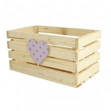 Drewniana skrzynka zdobiona sercem - fioletowe gwiazdki (BOX 32/17/16)