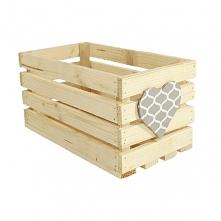 Drewniana skrzynka zdobiona sercem - maroko szare (BOX 32/17/16)