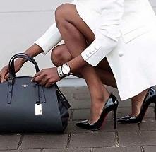 Torebka i te buty i płaszcz i biżuteria!!