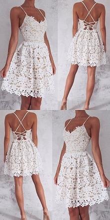Przepiękna sukienka koronkowa!